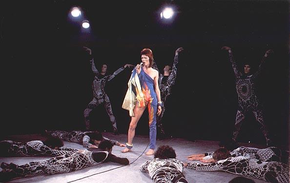 The ziggy stardust companion ziggy stardust gallery 493 for 1980 floor show